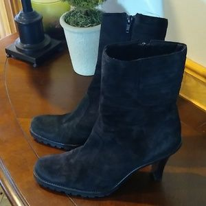 Gianni Bini heeled boots
